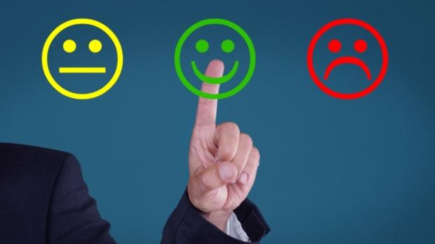 El proceso de desarrollo para el producto mínimo viable, identificación de los clientes.