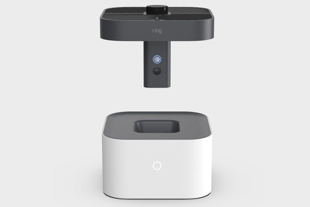 Este es el dispositivo con su base de amazona drone delivery