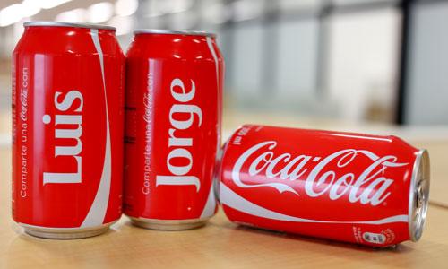 Anuncio publicitario de alimentos Coca Cola