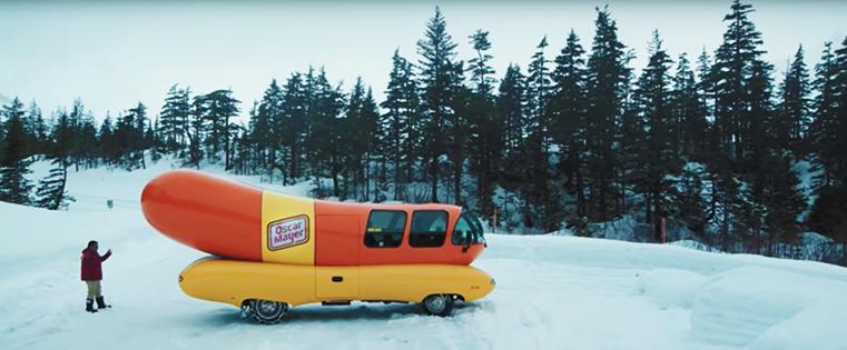 Anuncios de hamburguesas y hot dog virales